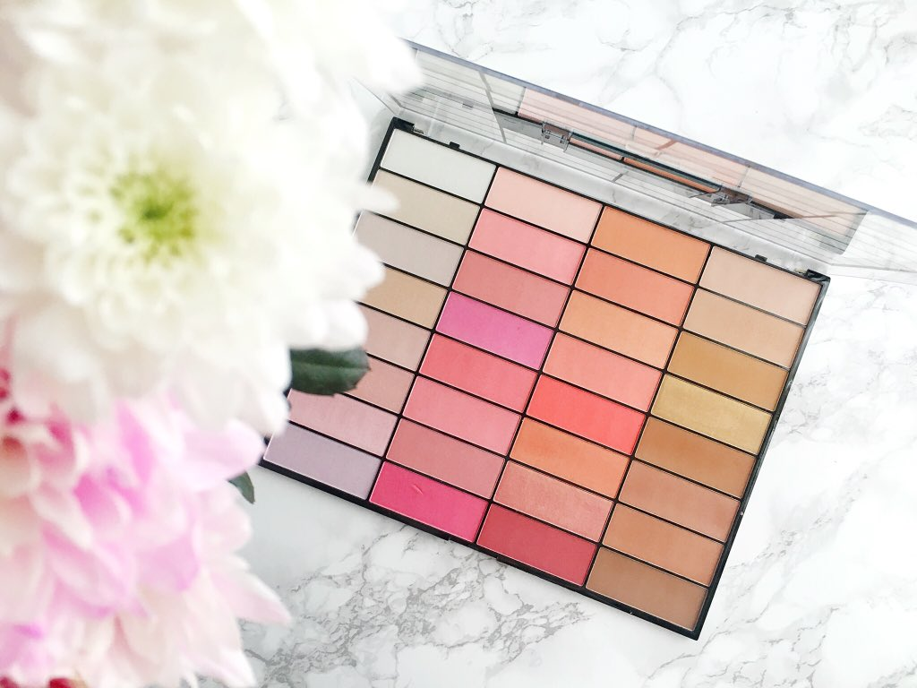 makeup-revolution-ultimate-blush-light-and-contour-palette-swatches